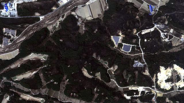 fde48657283 취재K] 위성에서 본 속초·고성 산불 현장, 빨간 색의 정체는? > 취재K ...