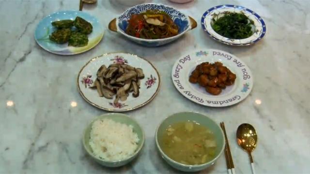 요리에 품격을 더하다…이유있는 그릇 열풍