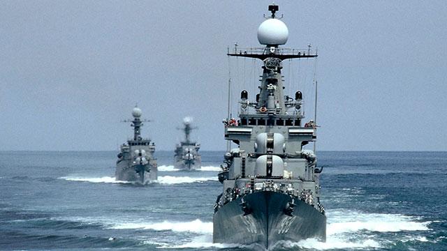 해군 함정서 코로나19 집단감염…거리두기 2.5단계 상향