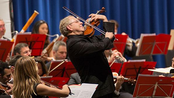 바이올린 거장 슐로모 민츠, KBS 교향악단과 협연