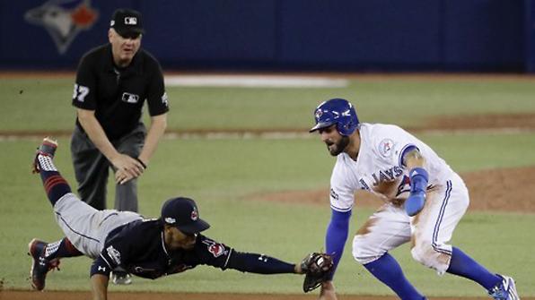 토론토, WS행 앞둔 클리블랜드에 제동…ALCS 첫승