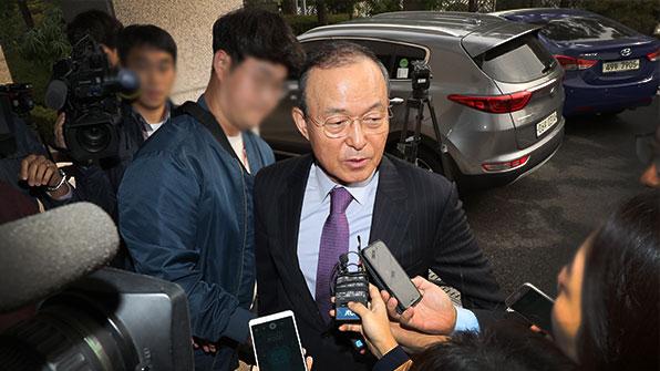 """송민순 """"북한 인권결의 기권결정 시기 기록 있다"""""""