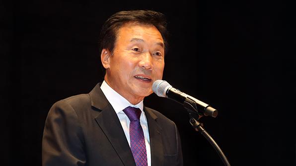 손학규, 내일 오후 4시 정계복귀 공식 선언