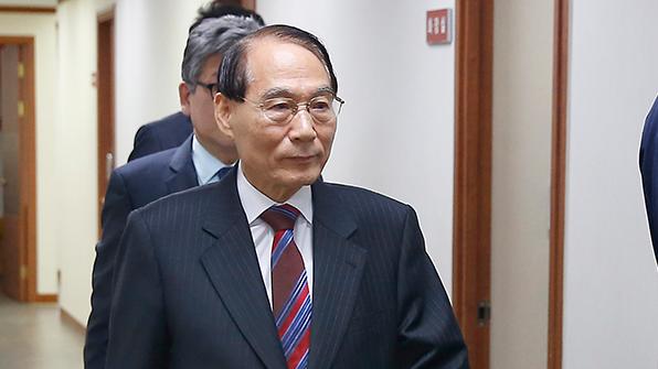 """김만복 """"기권 결정, 北에 미리 알려줬는지는 국가기밀"""""""