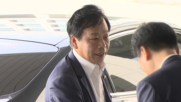 """이병호 국정원장 """"송민순 회고록 사실이나 진실 있다는 느낌"""""""