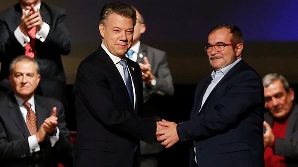 콜롬비아 정부-반군 새 평화협정, 의회 통과