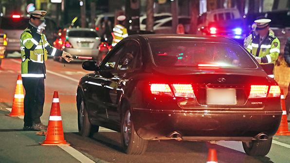 출근길 불시 음주단속…음주운전자 줄줄이 적발
