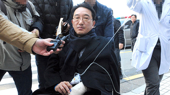 '엘시티 수억원 뒷돈' 현기환 전 정무수석 구속