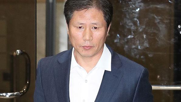 """'비선 진료' 김상만 """"靑로 부른 건 안봉근 전 비서관"""""""