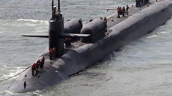 """""""中, 자국 영해서 美 본토 타격하는 최신 전략핵잠수함 배치"""""""