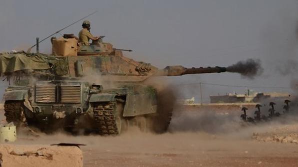 """터키 국경에 몰려드는 IS 자원자 여전해…""""인원은 줄어"""""""