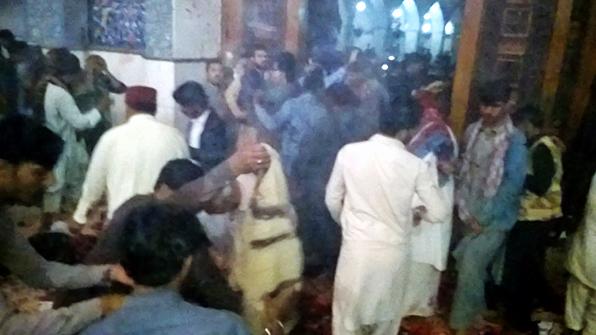 파키스탄 수피 성지서 IS 자폭테러…72명 사망