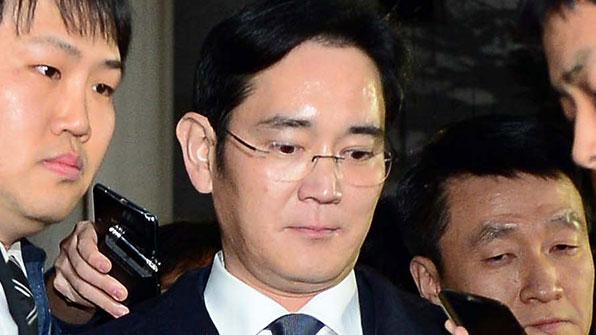 """특검 """"이재용 부회장 내일 구속 후 첫 소환 예정"""""""