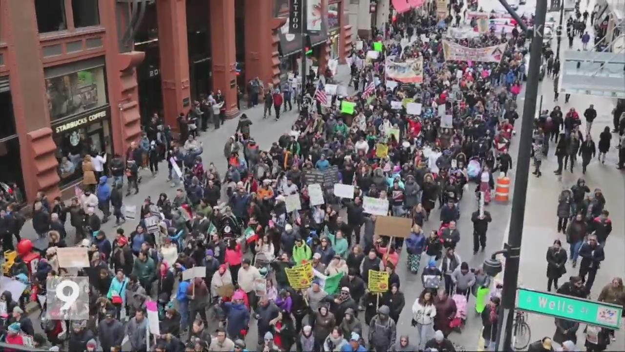 美 전역 '이민자 없는 날'…트럼프 비판 시위
