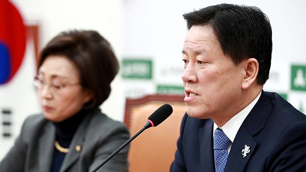 """주승용 """"박 전 대통령 발언, 국민에 대한 무례·무시"""""""