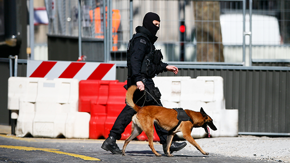 유럽 우편폭탄 공포…각국 관리 겨냥한 8개 또 적발