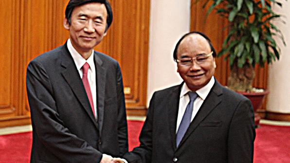 베트남 총리, 한국에 '남중국해 문제' 지지 요청