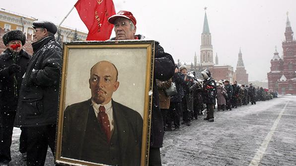 러시아 의원들, 레닌 매장법안 발의