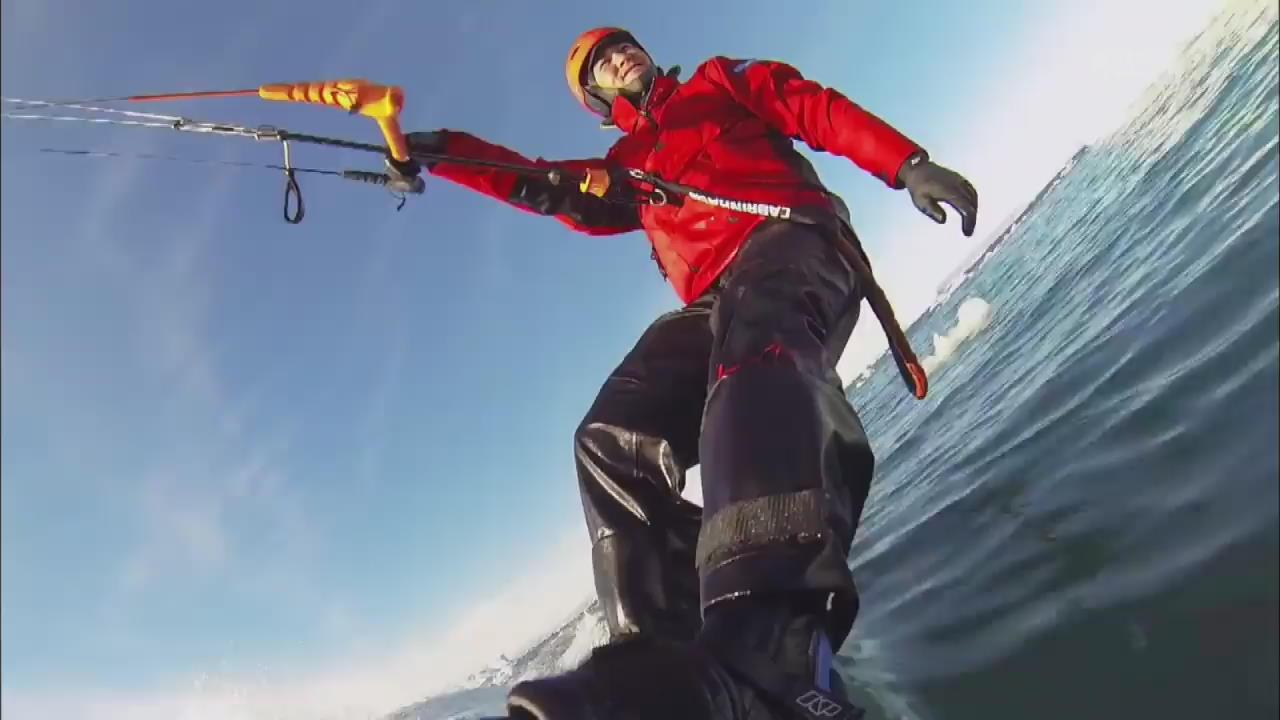 [핫 클릭] 그린란드 빙하 사이로 '카이트 서핑' 외
