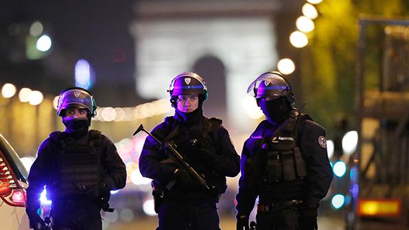 유럽, '파리 테러' 강력 비난…佛 대선에 미칠 영향 '촉각'