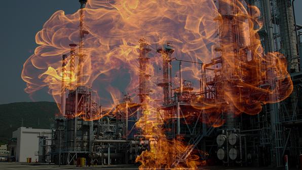 충남 예산 배터리 공장 불…진화중