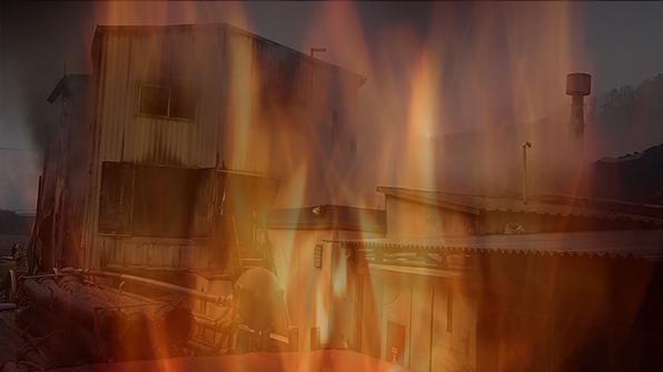 충남 예산 리튬전지 제조공장 큰 불…진화 작업중