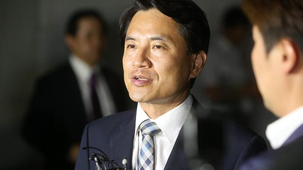 '공직 선거법 위반' 김진태 의원 1심 벌금 200만 원 선고…당선 무효 위기