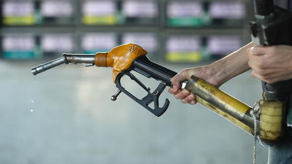 국제유가, OPEC회동 기대감에 2%대 상승