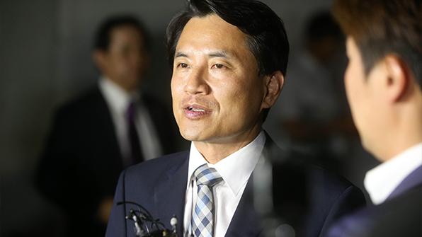 """당선무효형 받은 김진태 """"정권 바뀐 것 실감난다"""""""
