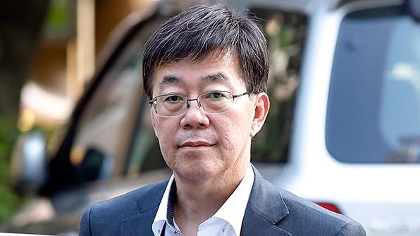 '돈봉투 만찬' 이영렬 전 지검장 사건, 부패 전담 형사합의부가 재판