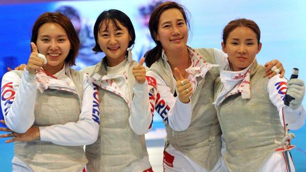 한국 펜싱, 亞선수권 남녀 단체전 '나란히 금메달'