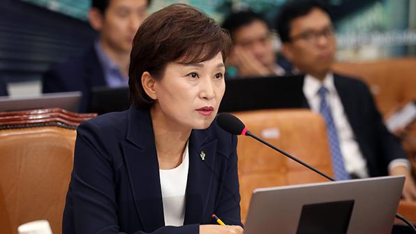 국토위 전체회의 또 무산…내일 김현미 보고서 채택 재시도