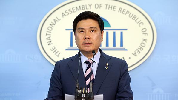 지상욱, 바른정당 당대표 후보 사퇴
