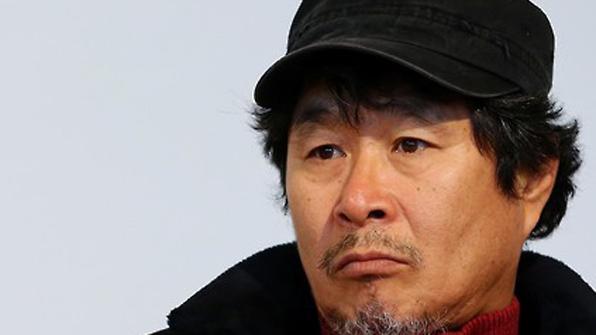 """배우 기주봉 """"대마초 피운 것 맞다""""…23일 구속 여부 결정"""