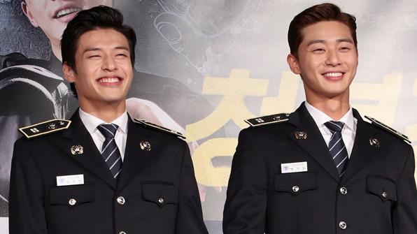 [K스타] 영화 '청년경찰' 박서준·강하늘의 브로맨스