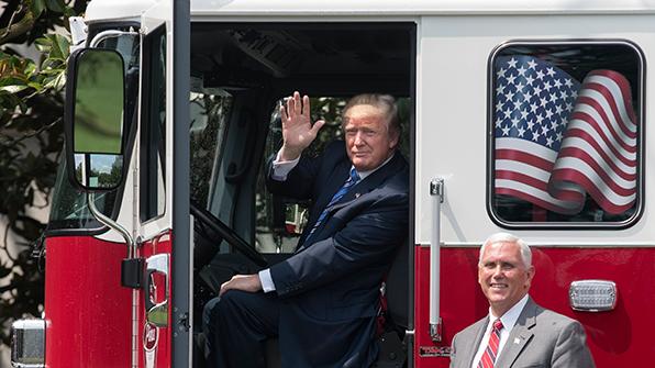 트럼프, '메이드 인 아메리카' 주간 첫날 맞아 美 제품 홍보