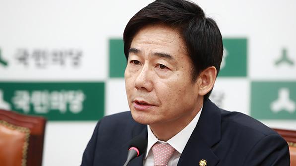 """이용호 """"靑 '캐비닛문서' 호들갑 한심…왜곡 말아야"""""""