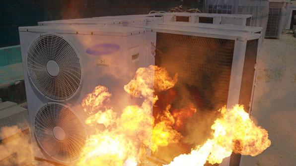 아파트 에어컨 실외기실에서 불…250만 원 피해