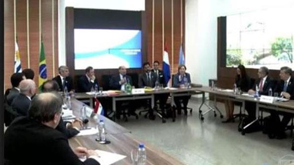 """메르코수르 4개국 """"베네수엘라 제헌의회가 입법권 강탈"""""""