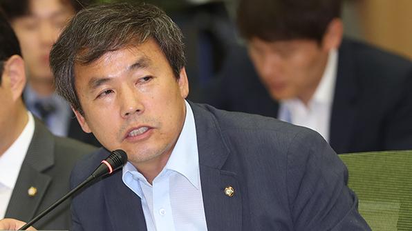 """김현권 """"올해 달걀수입 5배 이상 급증…철저한 검사 시급"""""""