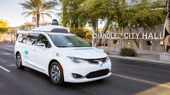 """웨이모 CEO """"자율주행 기술, 택시보다 트럭에 먼저 적용"""""""