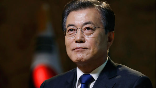 """文대통령, 핵개발·재배치 반대…""""핵 보유가 한반도 평화 보장 못해"""""""