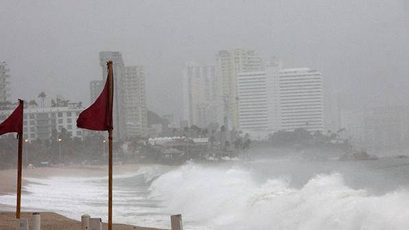 """허리케인 '맥스' 멕시코 남부 상륙 임박…""""생명위협 폭우 예상"""""""