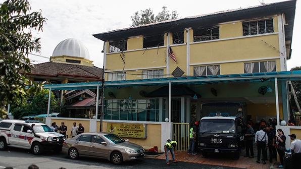 말레이 기숙학교 화재 참사는 방화…용의자 7명 체포