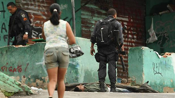 브라질 리우 범죄조직원끼지 총격전…최소 5명 사망