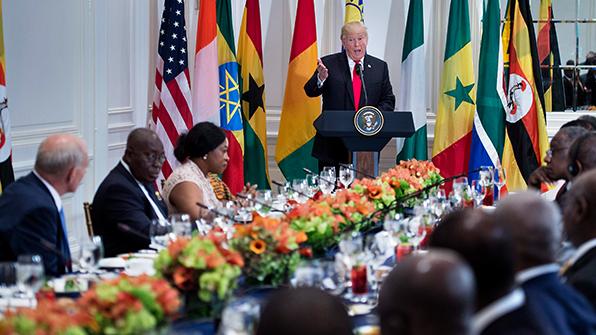 """""""남비아?"""", 트럼프, 아프리카 정상들 앞 연설도 구설수"""