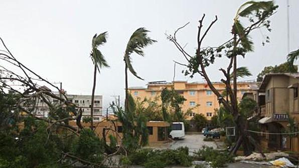 허리케인 마리아 카리브해 통과…10명 사망·수백만 명 정전 피해