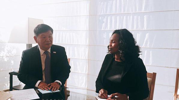 """문체부 """"프랑스, 평창올림픽 참가한다""""…장관 면담서 재확인"""