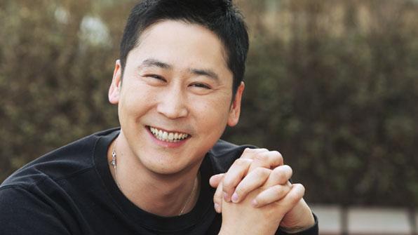 "[K스타] 신동엽 4년 동안 농아인협회에 3억 기부…""형 목소리 궁금해"""