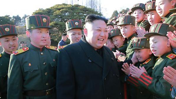 北김정은, 미사일 발사 현장 대신 만경대 혁명학원 방문